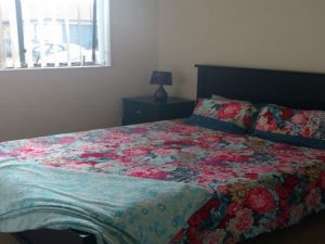 Flatmates Auckland: Mangere 3 bedroom house with 1 bathroom