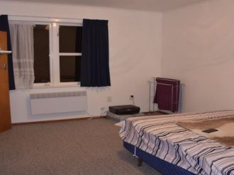 Kingston Flatmates Wanted Wellington: Room to let as one of the 3 tenant is moving out