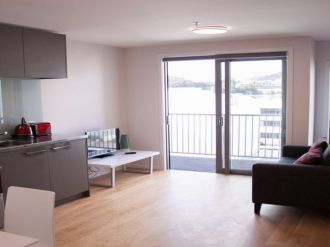 Te Aro Flatmates Wanted Te Aro, Wellington: $180 Per week Modern1 bedroom apartment with 1 bathroom.