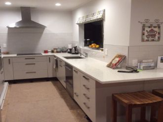 Beach Haven Flatmates Wanted Auckland: Furnished Double  Room Downstairs