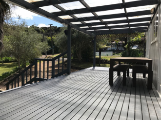 Onetangi Properties For Sale Onetangi, Waiheke Island: Affordable Garden of Eden