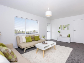 Massey Properties For Sale West Auckland: Bring the Champagne, It's party time!