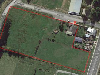 Kaitangata Properties For Sale Clutha: Need Room to Horse Around?