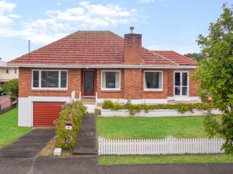 Mt Eden Properties For Sale Mt Eden, Auckland Central: First Time On The Market